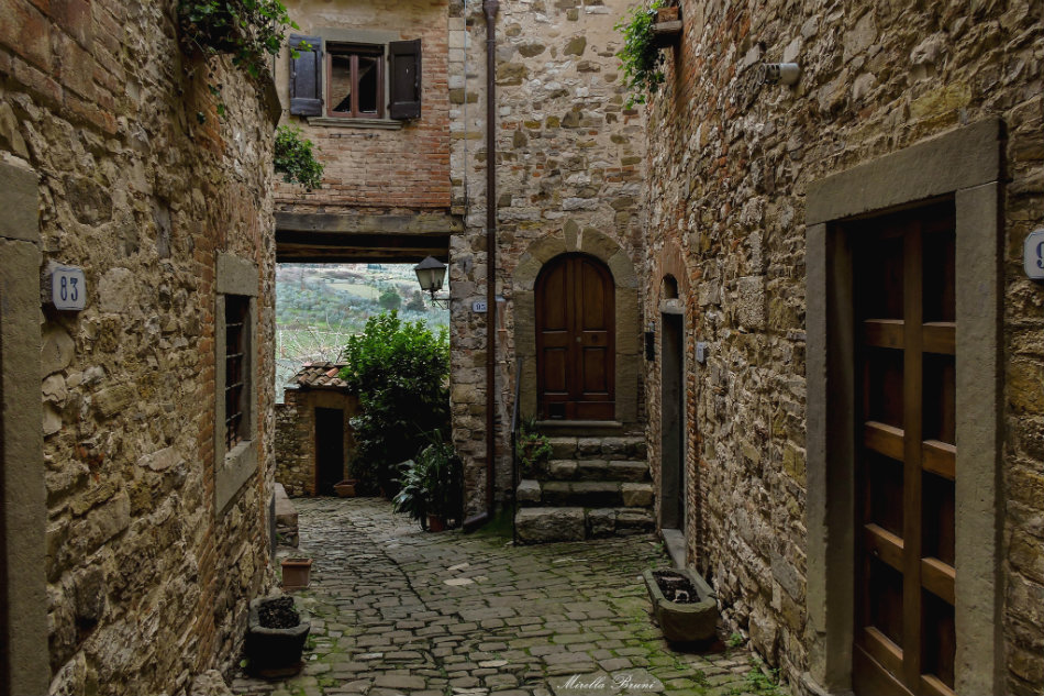 Monfioralle streets - around Greve in Chianti